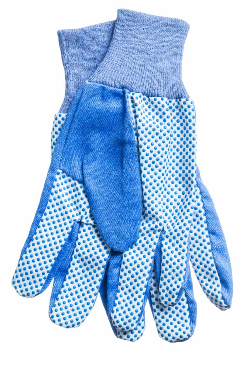 Protective gloves for magnet fishing